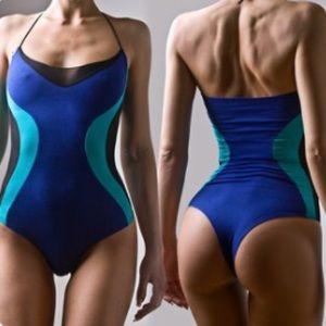 roufe Intimates & Sleepwear - NWOT Roufe colorblock shapeshifter bodysuit